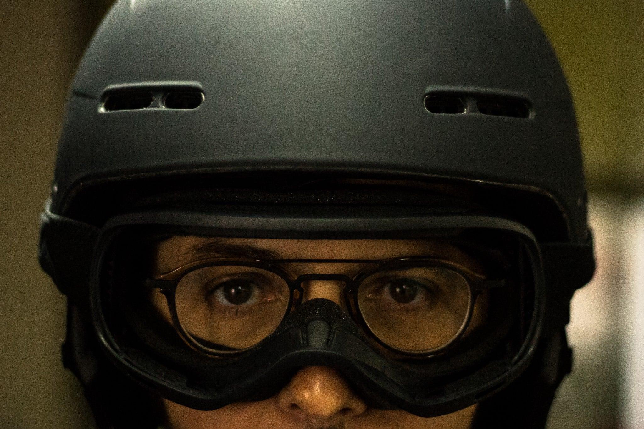Casque de moto-cross avec lunettes